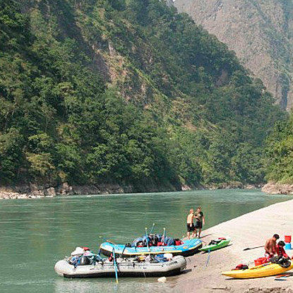 bhutan-tamurriver