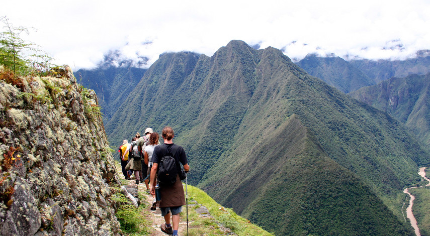Classic Inca Trail to Machu Picchu – Trek the Inca Trail, Explore Cusco and Mountain Bike the Sacred Valley